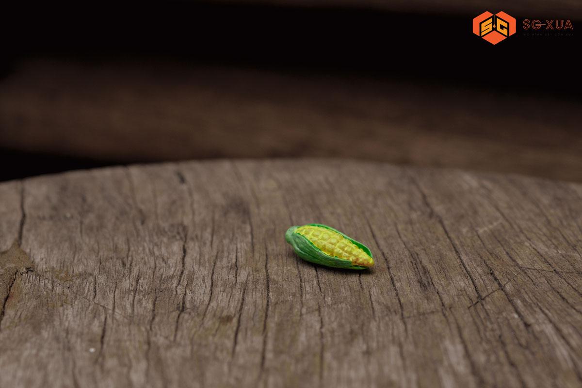 Trái bắp lá